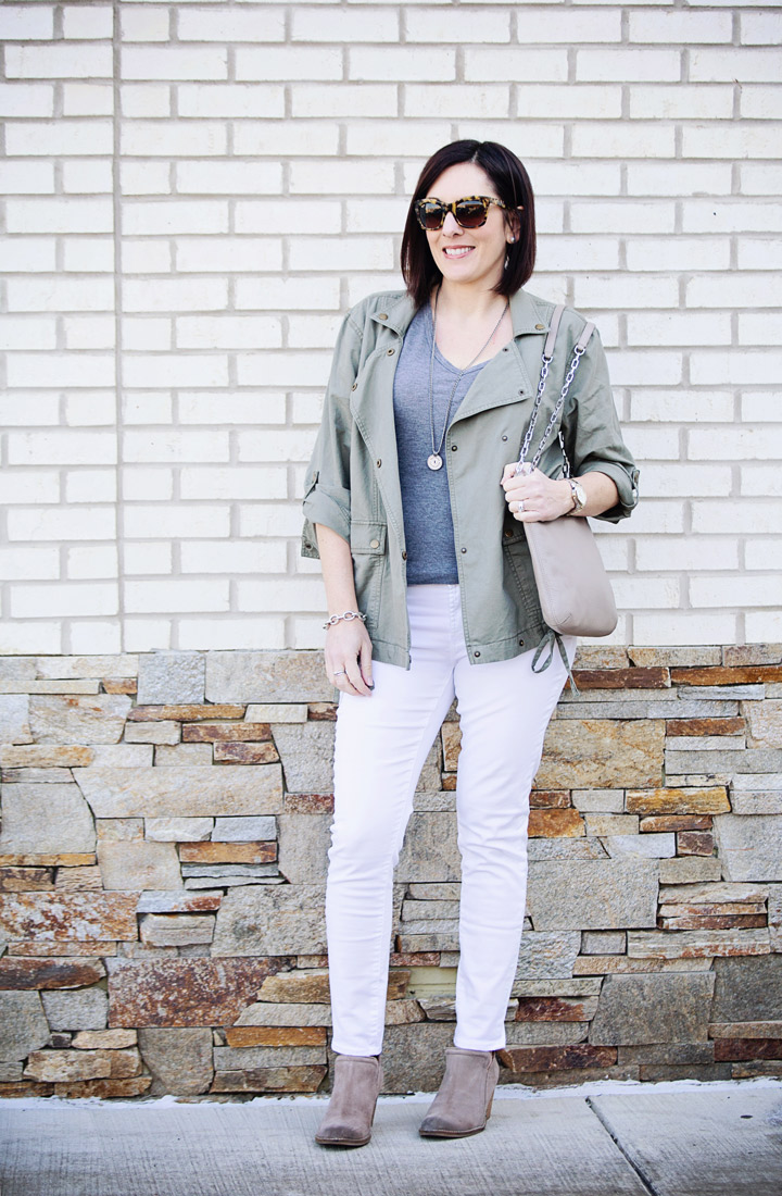 Yes, you can wear white jeans after Labor Day!